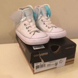 Cute girls converse sneakers